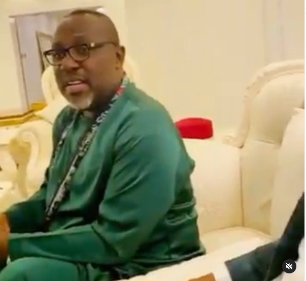 Video of Rochas Okorocha and his family in worship mode